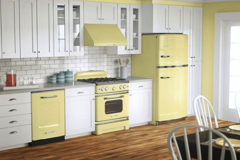Kitchen Appliances in All Shades of Yellow