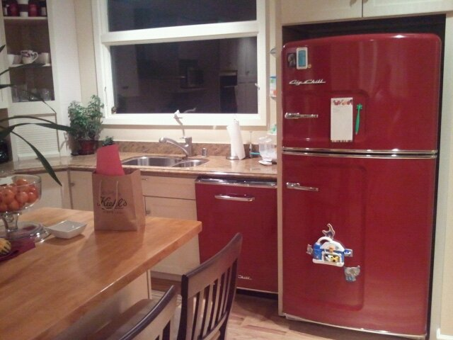Adding Color to Kitchen - One Customer's Story | Big Chill