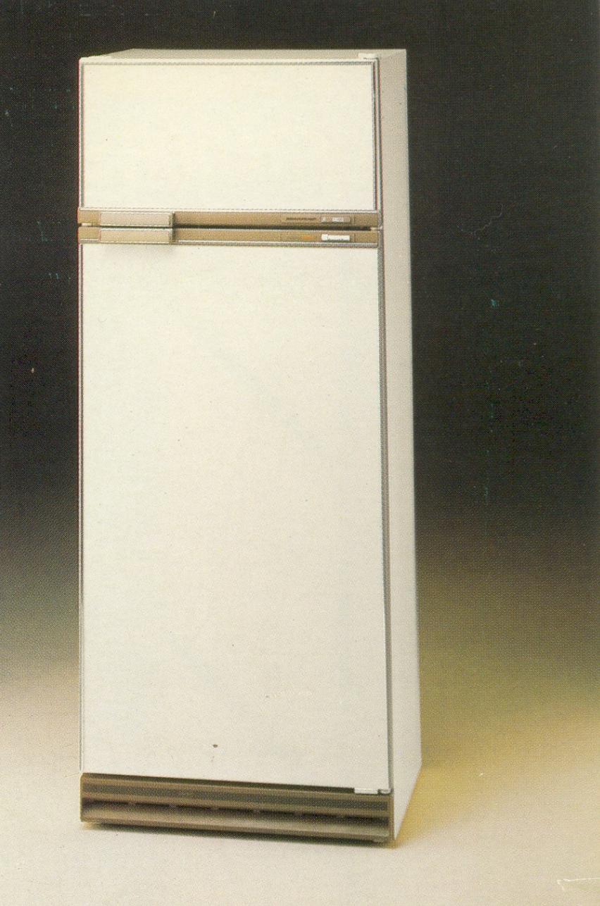 1980s fridge
