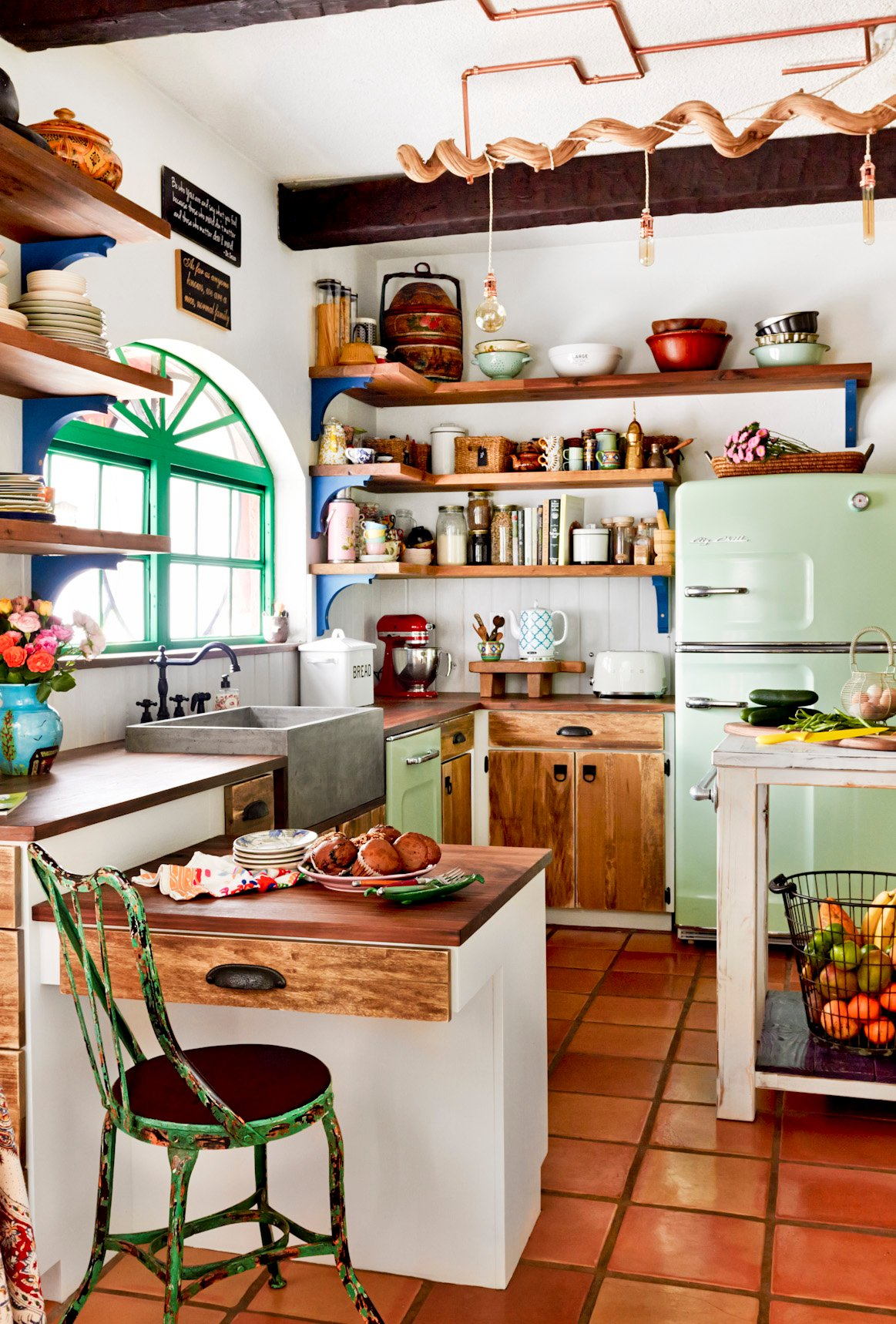 Merveilleux This Quant Little Farmhouse Style Kitchen On A Horse Ranch In Florida Is  Cozy And Colorful. A Big Chill Retro Refrigerator And Dishwasher In Mint  Green Add ...