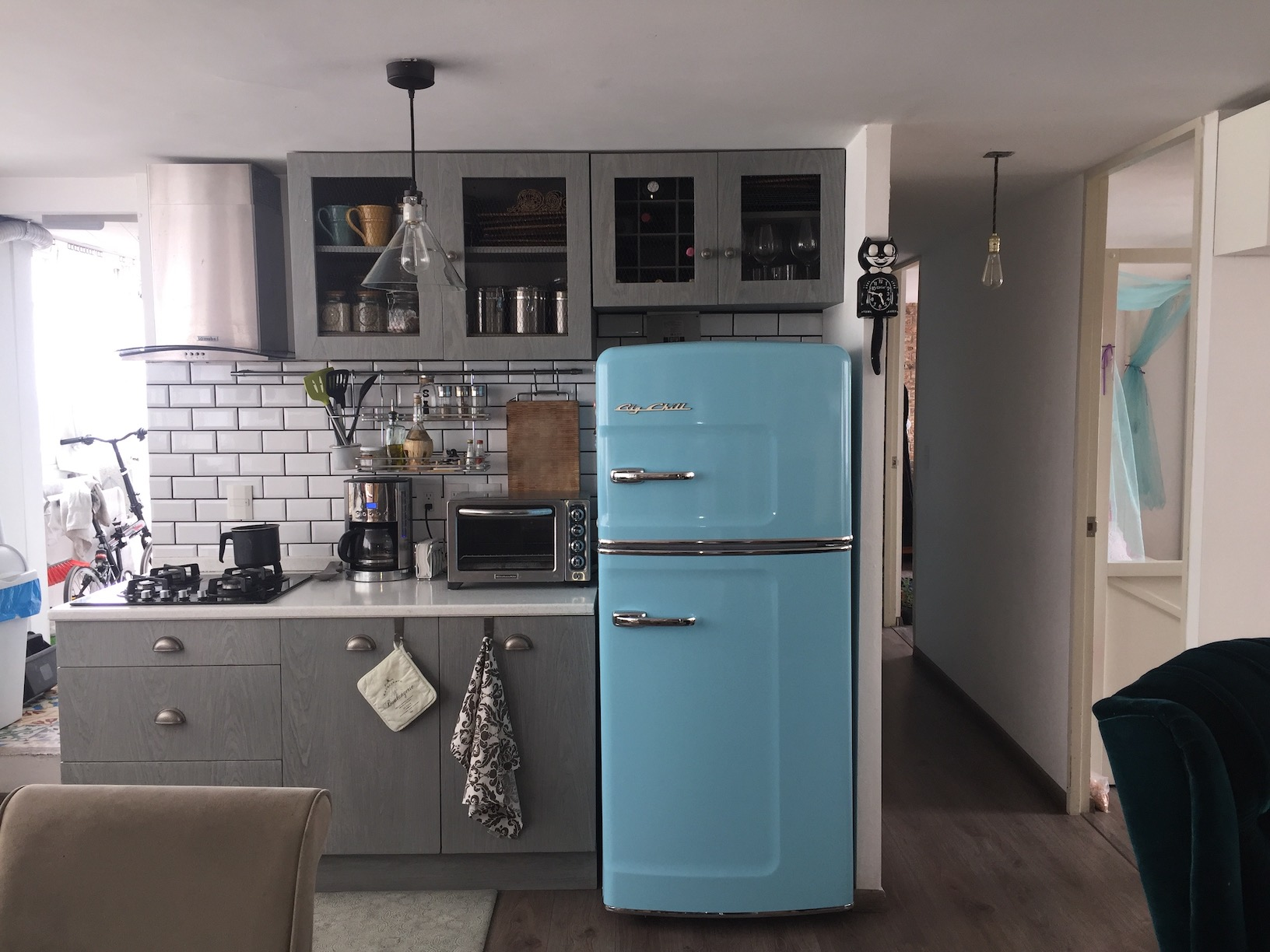 13 Must See Retro Big Chill Kitchen Layouts - Retro-kitchen-design-you-never-seen-before