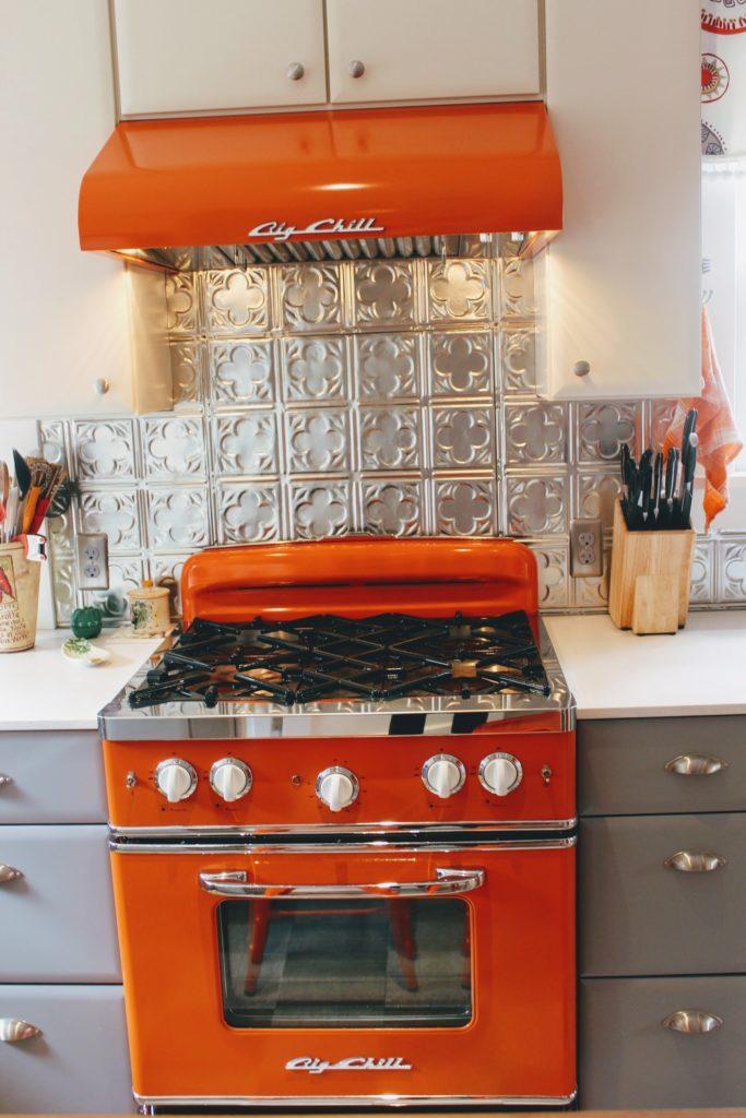 13 Must See Retro Big Chill Kitchen Layouts