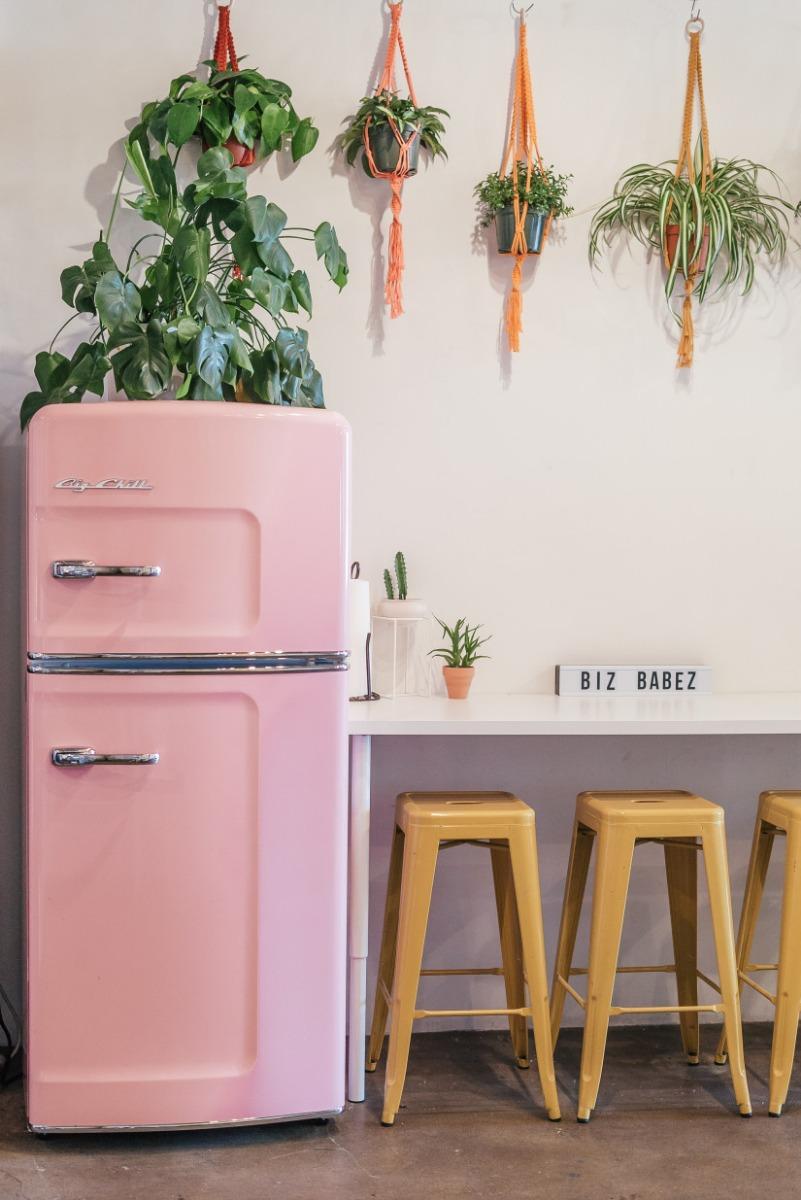 Retro Studio Refrigerator in Pink Lemonade